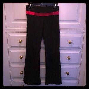 Lululemon size 4 wide leg yoga pants
